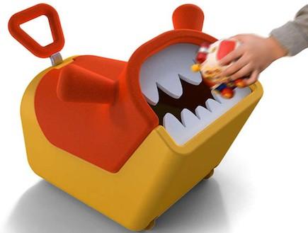 משחקי ילדים, פח אשפה בצורת חיה (וידאו WMV: מתוך האתר: http://www.idsa.org/)