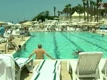 בריכת שחיה (צילום: חדשות 2)