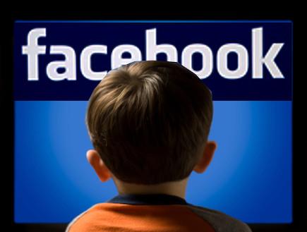 ילד בפייסבוק (צילום: אילוסטרציה)