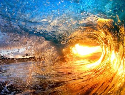 תמונות מדהימות של גלים - הוואי
