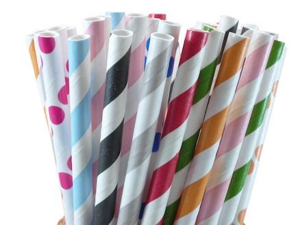 קשי נייר צבעוניים למילקשייק, 20 שקלים לחבילה. (צילום: מתוך האתר-www.netanella.com)