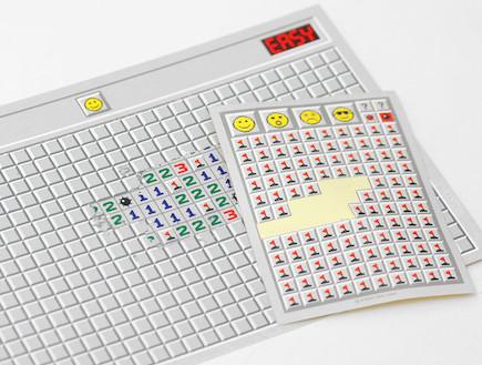 כרטיסי גירוד שולה מוקשים (צילום: connectdesign.co.kr)