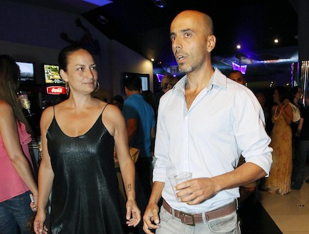 פרימיירה העולם מצחיק אלי פיניש ואשתו (צילום: עודד קרני)