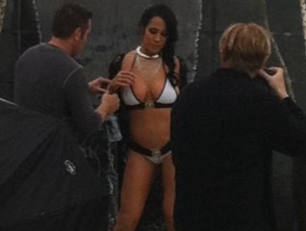 נדיה סולימן מככבת בסרט פורנו (צילום: huffingtonpost.com)