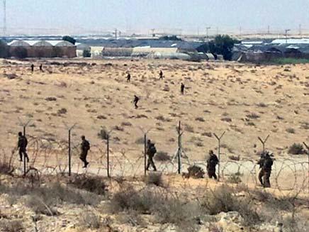 חיילים על גבול ישראל-מצרים (צילום: רוני מרדכי, חדשות 2)