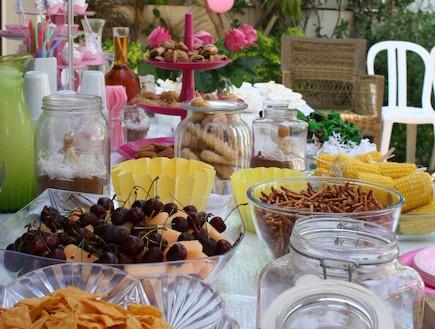 שולחן יום הולדת מעוצב (צילום: קרן לוי צדק)