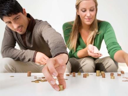 זוג סופר מטבעות (צילום: אימג'בנק / Thinkstock)