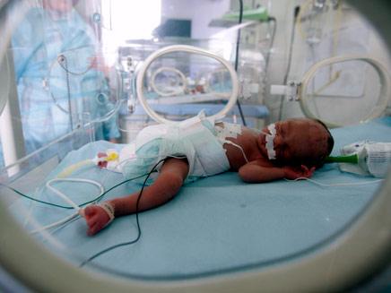מי יאמץ את התינוקות האריתראים? אילוסטרציה (צילום: רויטרס)