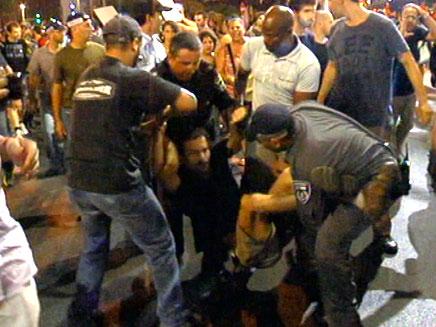 ההפגנה אמש (צילום: חדשות 2)