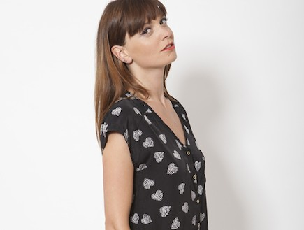 Moma - חולצת Lou שחורה (צילום: תום מרשק ונימרוד קפלוטו, styleriver)