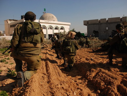חיילים במבצע עופרת יצוקה (צילום: קרן גנון רופין, ביבשה)