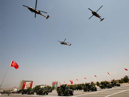בלי הומואים. הצבא הטורקי, ארכיון (צילום: רויטרס)