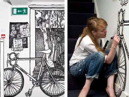 אומנית מציירת אופניים על הקיר (צילום: מתוך האתר: www.charlottemann.co.uk)