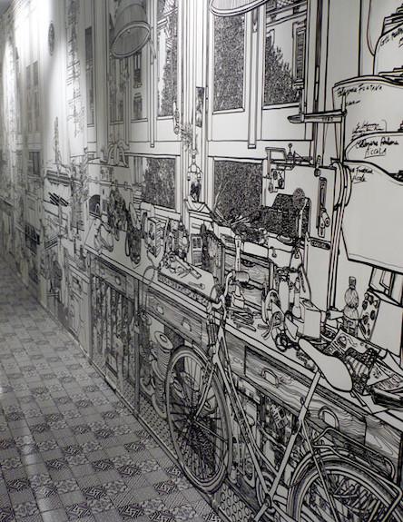 ציור קיר במסדרון (צילום: מתוך האתר: www.charlottemann.co.uk)