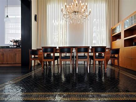 בשיפוץ - הילית סטריקובסקי - חדר אורחים (צילום: שי אדם)