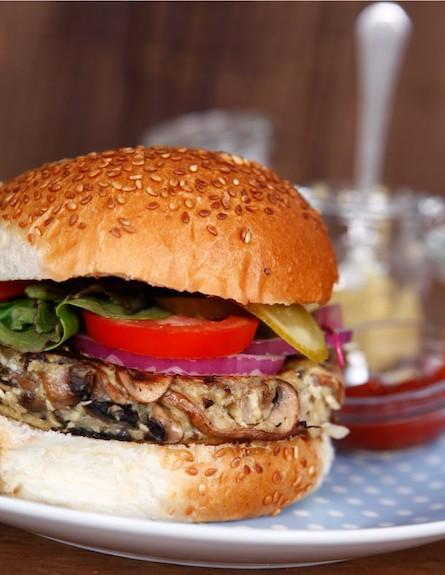 המבורגר פטריות (צילום: אפיק גבאי, אוכל טוב)