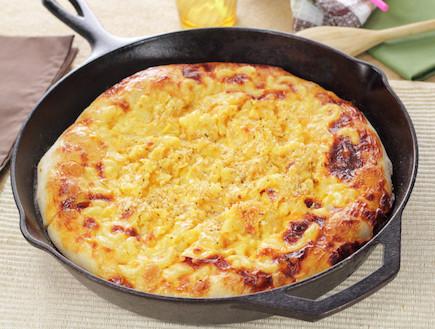פיצה במחבת (צילום: istockphoto)