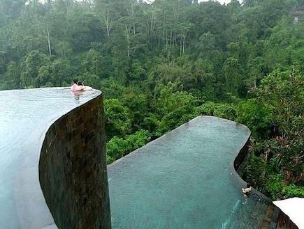 בריכות יפות, ברכות מעוצבות, בריכות במלונות (צילום: מתוך balinesehotel.com)