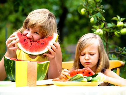 תזונת ילדים בקיץ (צילום: אימג'בנק / Thinkstock)