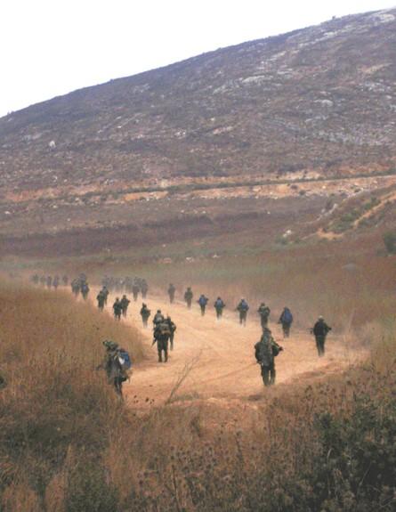 נכנסים ללבנון (צילום: צחי זקס, ויקיפדיה)