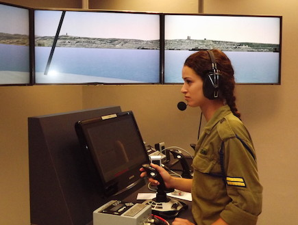 סימולטור חיל הים (צילום: שי לוי)