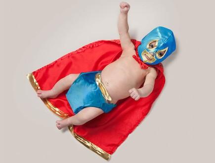 פרויקט צילום כשאהיה גדול - סופרמן (צילום: Malo / Barcroft USA)
