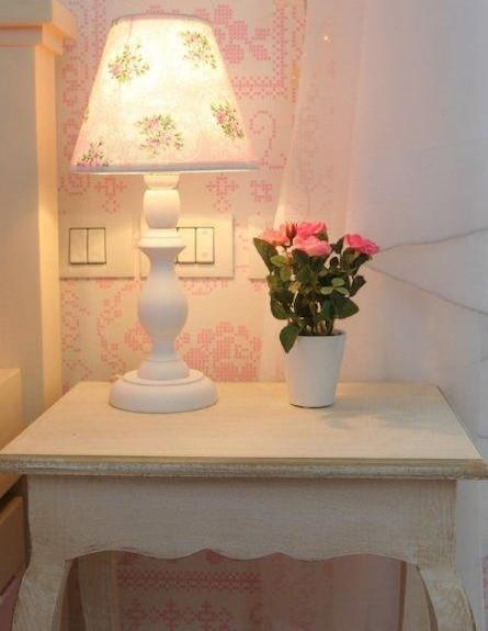 מנורת לילה קסומה, חדר ילדות (צילום: איתמר שיקלר)