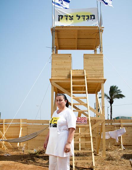 מימי במגדל הצדק (צילום: ליאור קסון)