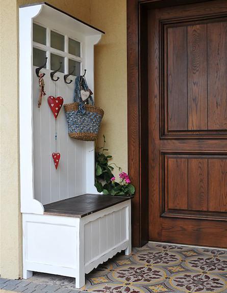 כניסה לבית (צילום: שי אדם)