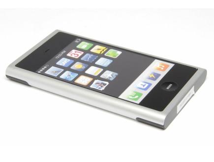 אבטיפוס מוקדם של אייפון (צילום: The Verge)