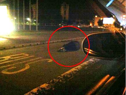 צייץ בטוויטר תמונה של איש גוסס במקום לעזור לו (צילום: טוויטר)