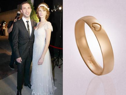 """יובל שרף וטבעת הנישואין (צילום: ראובן שניידר ויח""""צ,  יחסי ציבור )"""