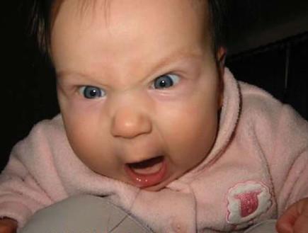 תינוק כועס