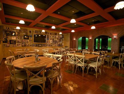 חלל מרכזי, מסעדת באריו, אדריכל יוסי אבן (צילום: דרור כץ)