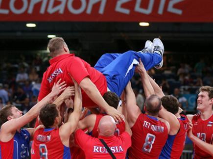איזה ניצחון גדול, אובמוצ'ב חוגג (gettyimages) (צילום: ספורט 5)