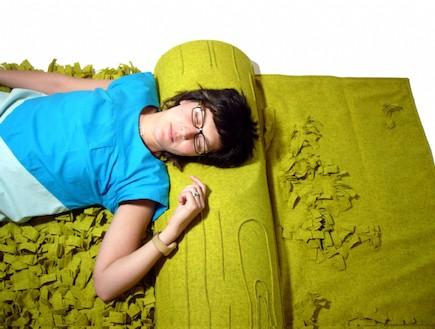 מיטה ירוקה (צילום: aguinigadesign.com)