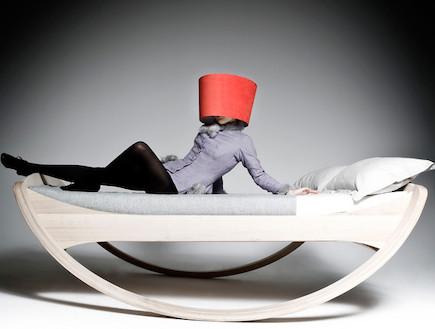 מיטה חצי עיגול (צילום: mkloker.de)