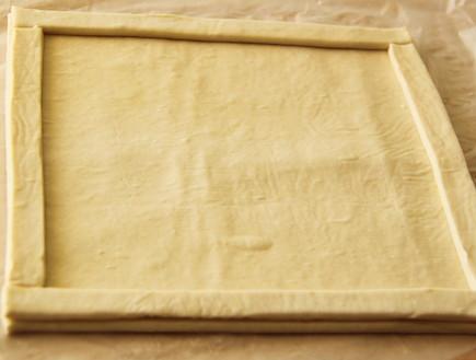 טארט שושני נקטרינות - מרכיבים את הבצק (צילום: חן שוקרון, אוכל טוב)