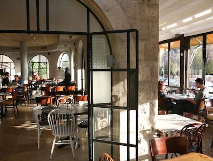 מסעדת כרמא, פנים המסעדה (צילום: רועי ברקוביץ',  יחסי ציבור )