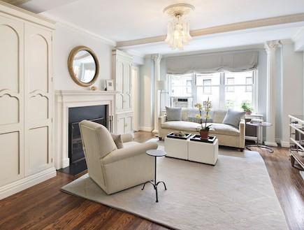 סלון בדירה בניו יורק