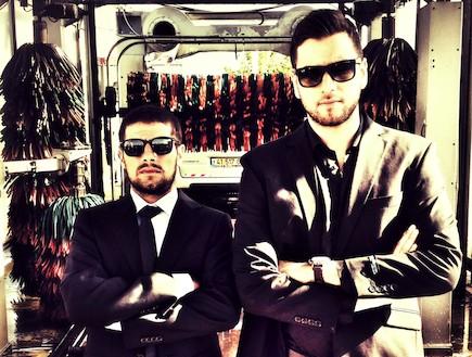 טום קשתי וג'קי מנחם מצלמים תוכנית (וידאו WMV: mako)