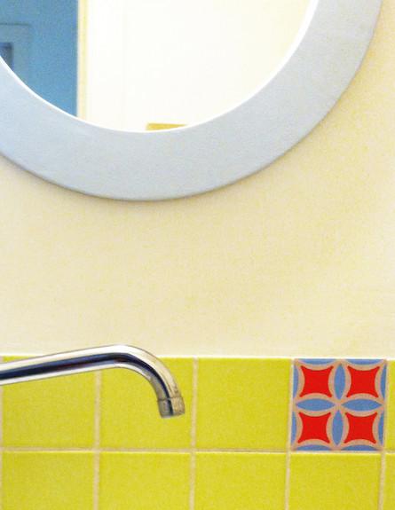 6 מדבקות לאריחים, 30 שקלים, gugu design (צילום: מתוך האתר של gugu design)