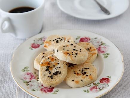 עוגיות מלוחות עם קצח (צילום: אפיק גבאי, אוכל טוב)
