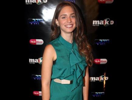 שרון קידושין בשמלה ירוקה (צילום: עדי רם)