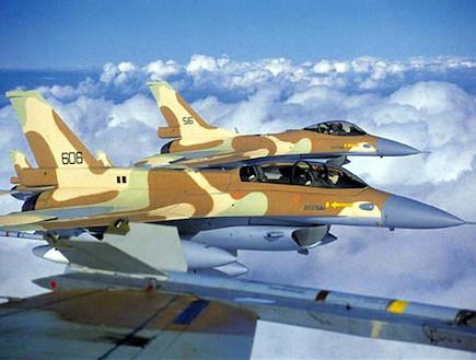 מטס F16