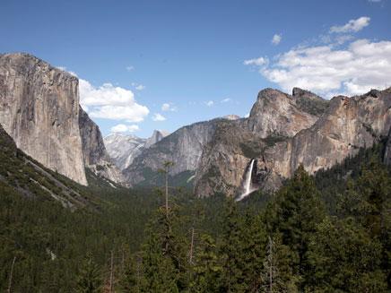 """הפארק הלאומי יוסמיטי, קליפורניה, ארה""""ב (צילום: רויטרס)"""