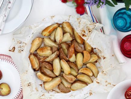 תפוחי אדמה אפויים בשמן זית ומייפל (צילום: אפיק גבאי, אוכל טוב)