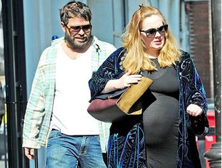 אדל בהריון