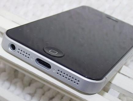 מכשיר דמה של אייפון 5 (קרדיט: micgadget.com)