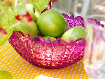 שולחן חג-קערת פירות בעיצוב אורית זילברמן (צילום: ליאור קסון)